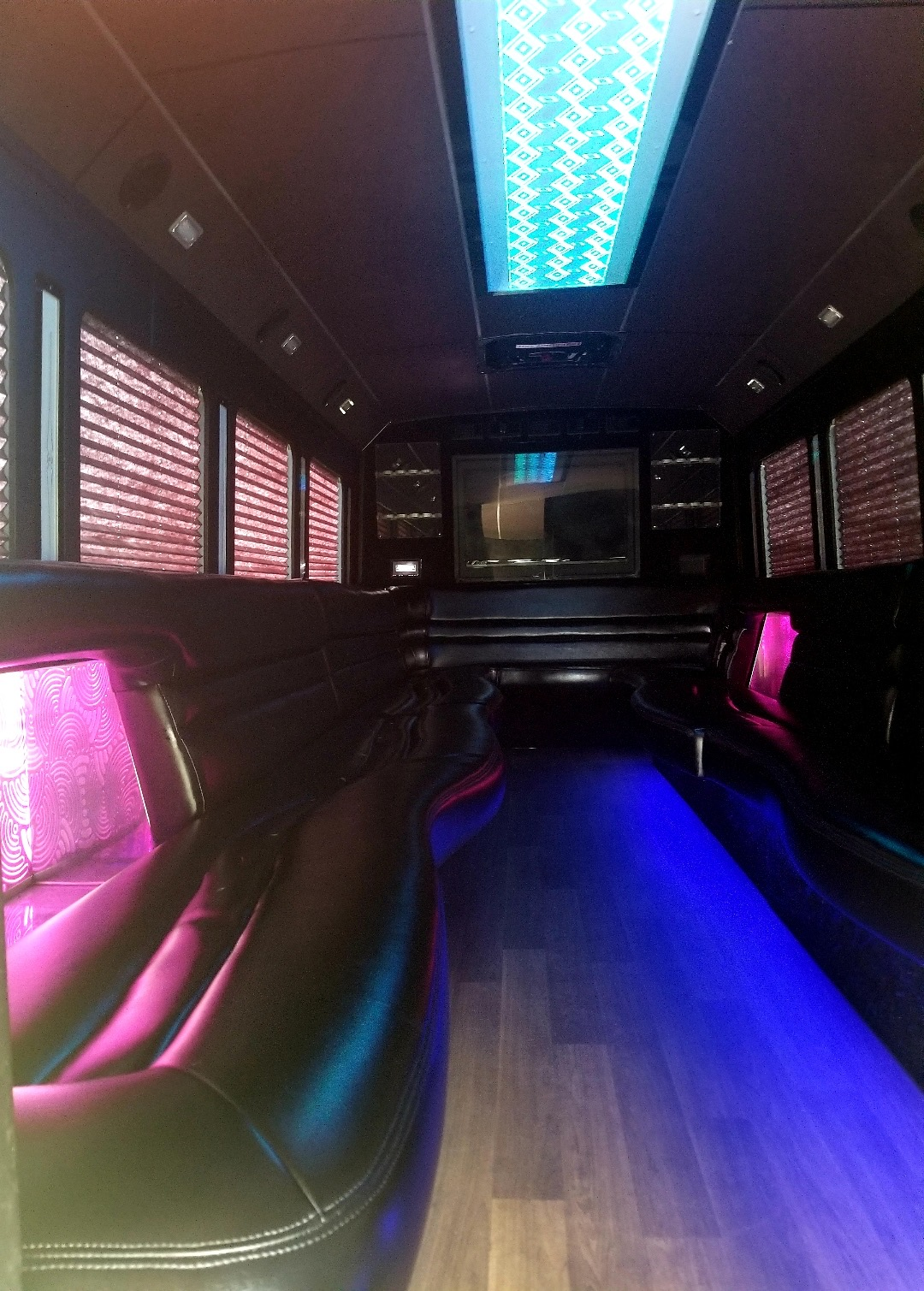 limo-party bus
